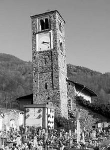 Villa di Mocchie - Anno 2010 - Il campanile pendente