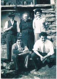 Coniugi Alopite Ermelinda e Margaira Vito coi figli Gemma, Missio e Elio