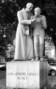 Monumento a San Giuseppe Cafasso